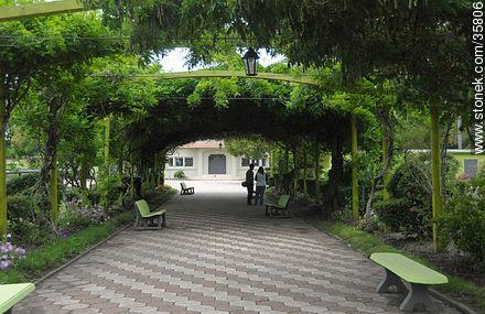 Zoológico de Durazno. - Fotos de la ciudad de Durazno - Departamento de Durazno - URUGUAY. Imagen #35806