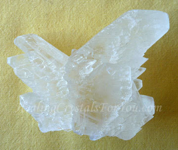 360xNxangel-wing-selenite-1.jpg.pagespeed.ic.AobpiHbymG