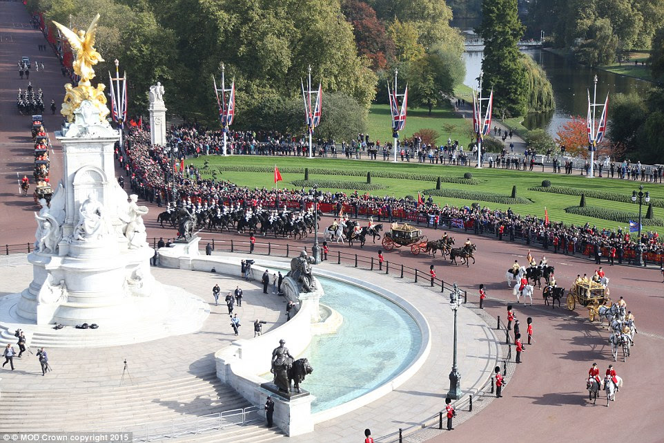 The visiting dignitaries were treated to a state carriage procession along the Mall before arriving at Buckingham Palace