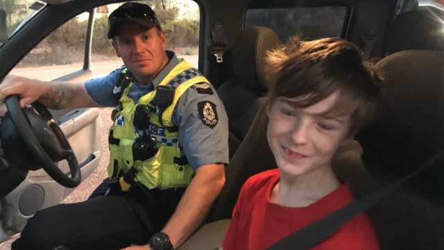 Austrália: menino de 12 anos conduz caminhonete para fugir de fogo
