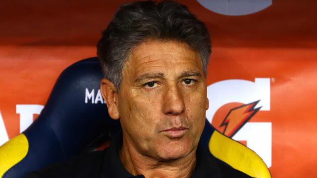 Renato critica VAR e promete terminar Brasileirão com time de transição no Grêmio