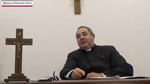 L'abbé Beauvais rappelle à quel point Salazar fut un modèle de chef d'Etat catholique