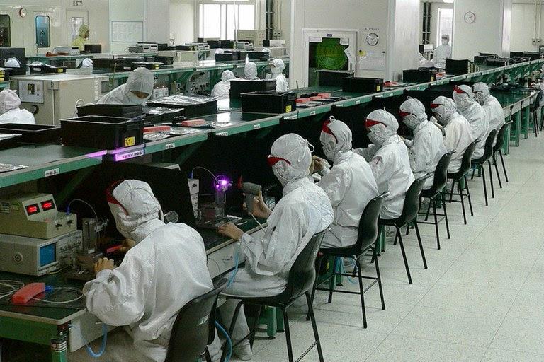 18% das exportações brasileiras são produtos de média e alta intensidade tecnológica, contra 46% da China / Crédito: Wikimedia