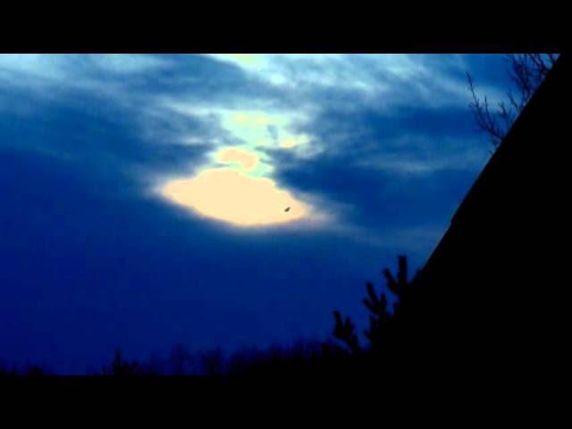UFO News ~ Cigar UFO Over Denver and MORE Sddefault