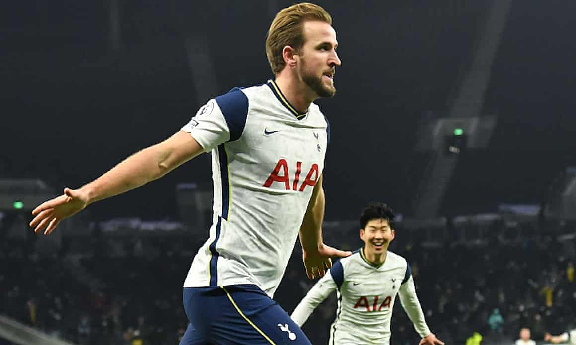 Harry Kane doing his derby thing, earlier. Apart from the backing in thing.