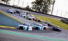 Largada da segunda corrida deste sábado no circuito de Interlagos (SP) (Luciano Santos/SiGCom)