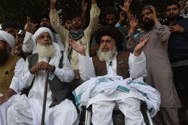Risultati immagini per La Blasfemia contro l'Islam è un reato