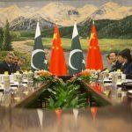 Le président Pakistanais Mamnoon Hussain avec le Premier ministre chinois Li Keqiang lors d'une rencontre le 20 février 2014 à Pékin.