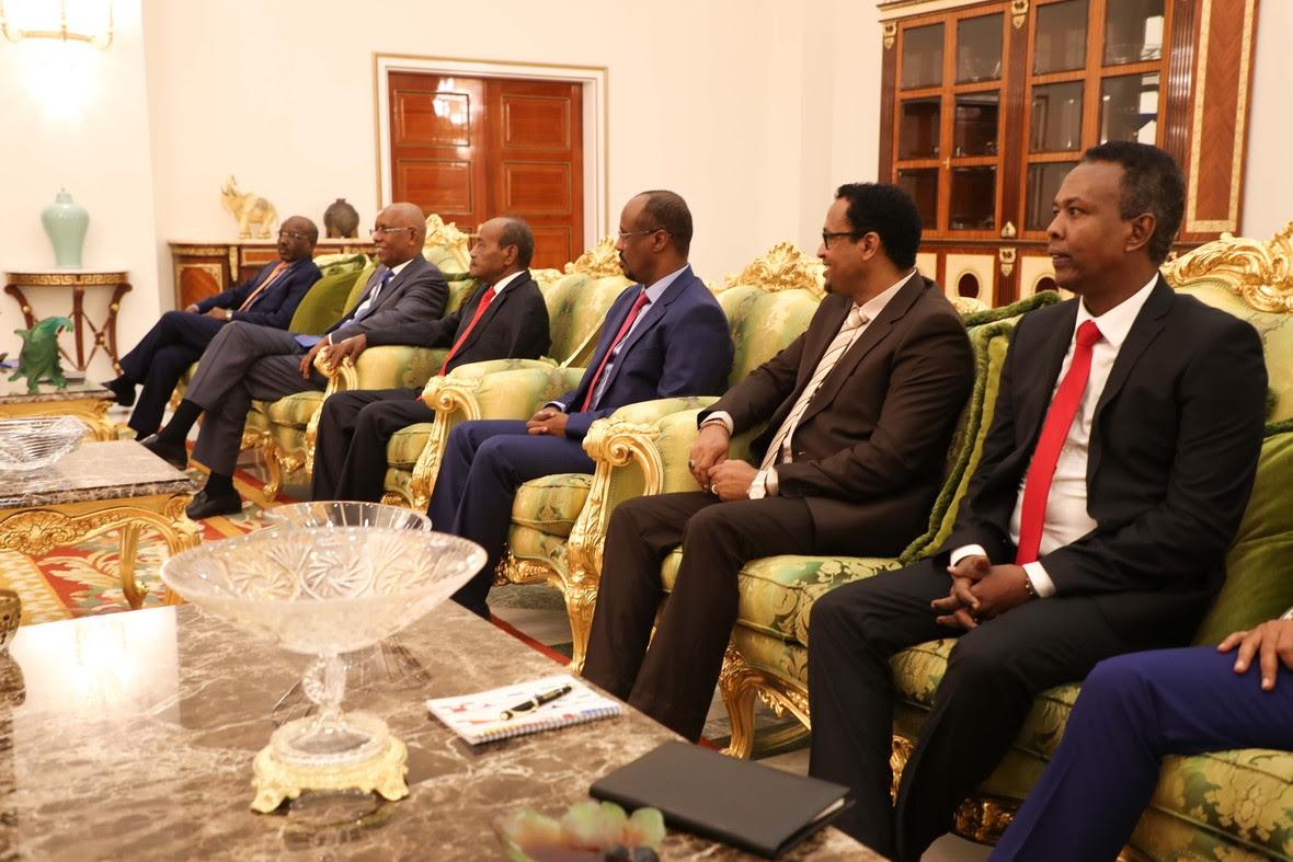 Madaxweynayaasha Somalia iyo Jabuuti oo kulmay-9