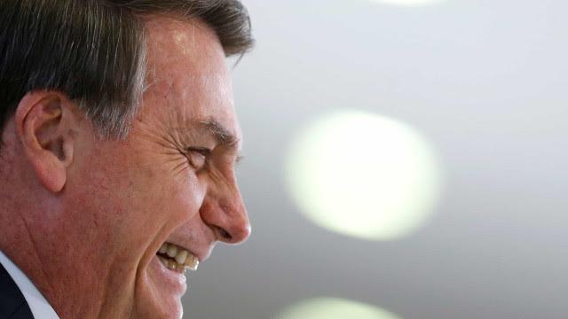 Bolsonaro comemora crescimento do PIB