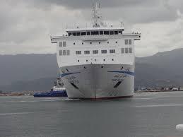 Alicante - 650 Algériens menacent de tout casser si on ne les transporte pas gratuitement par ferry à Mostaganem avec leurs voitures