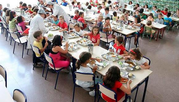 España es el segundo país de la Unión Europea, sólo por detrás de Grecia, donde menos eficaces están siendo las políticas sociales para combatir la pobreza infantil. Foto: EFE (Archivo).