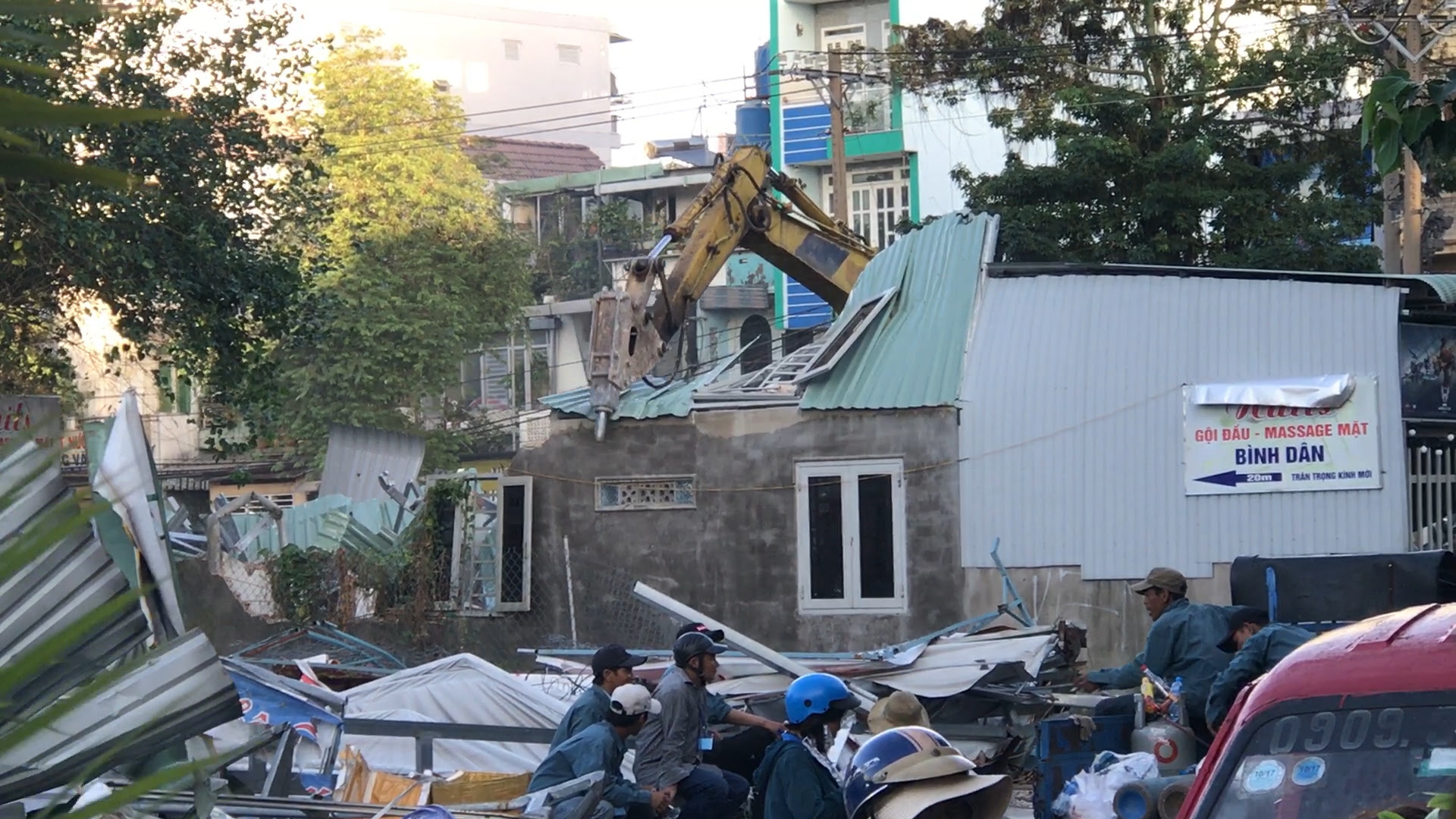 https://www.rfa.org/vietnamese/news/blog/lochung-garden-forced-eviction-why-state-media-says-nothing-01092019064913.html/LOC_HUNG_1.jpg