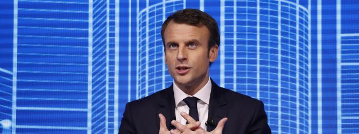 """pas d'alliance Hamon-Mélenchon, Macron creuse l'écart, la """"quasi-guerre civile"""" de Fillon fait bondir le gouvernement..."""