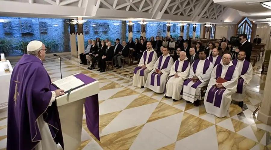 Papa Francisco pone a todos ésta tarea para conocer la fidelidad de Dios