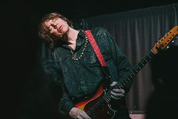Thurston Moore is back with new single and album!