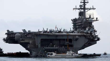 EE.UU. confirma 669 casos de infección por coronavirus en el portaviones USS Theodore Roosevelt
