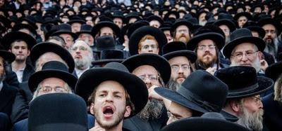 Lawina polskich paszportów dla Żydów! Po co im obywatelstwo?!