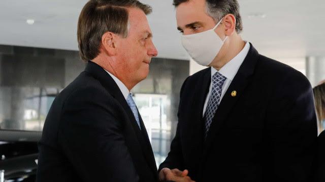 Bolsonaro critica Pacheco por rejeitar pedido de impeachment de Moraes e compara caso com o de CPI