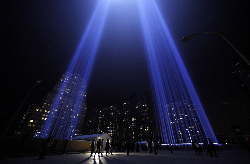 9-11_tribute_in_lights.jpg