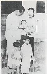 tvk+ma+hai4t+minh2tuoi Tan Dinh Saigon 1949.jpg (8444 bytes)